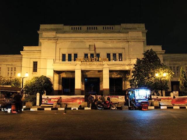 jakarta-tanjung-priok-station