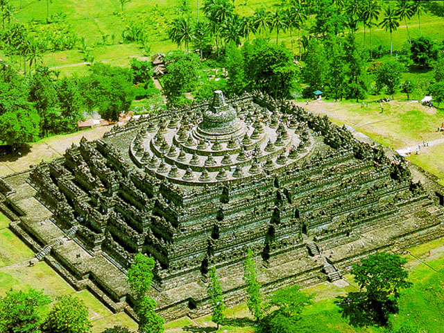 borobudur-temple-compounds-java-indonesia