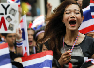 Sixteen countries issue travel warnings for Thailand
